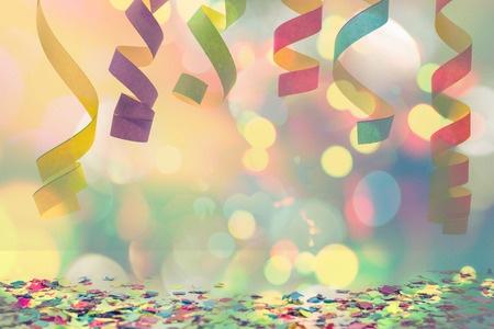 חלוקת ינשופים לחוגגי השנה האזרחית החדשה