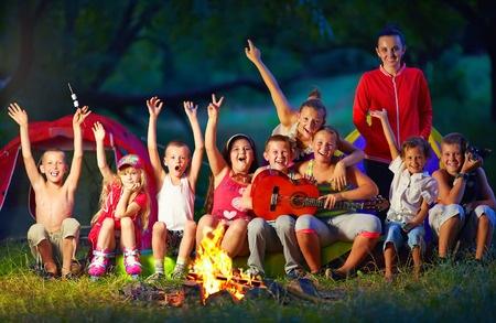 """חגיגות ל""""ג בעומר לילדים והורים"""